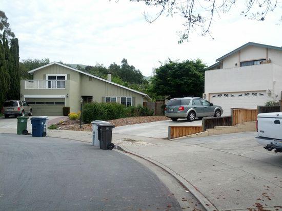 998 Lippert Ave, Fremont, CA 94539