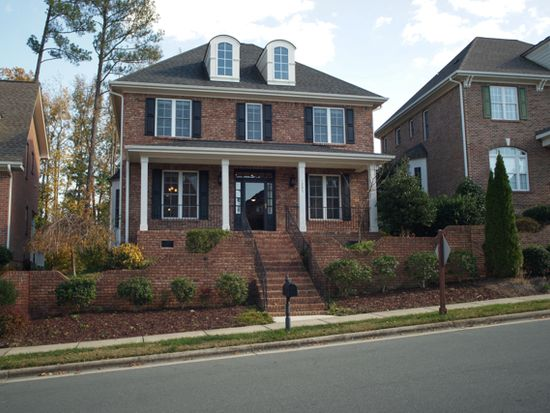 1207 Town Side Dr, Apex, NC 27502
