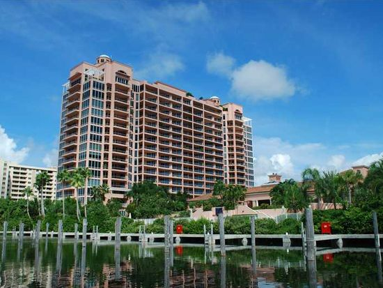 60 Edgewater Dr APT 3F, Coral Gables, FL 33133