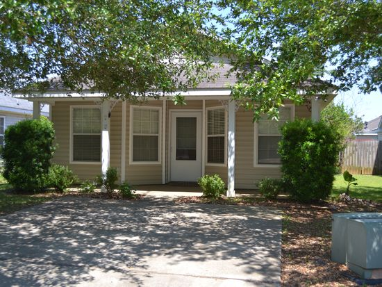 211 Southchase Ct, Fairhope, AL 36532