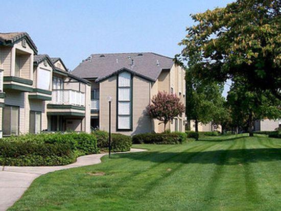 8201 Camino Media APT 76, Bakersfield, CA 93311