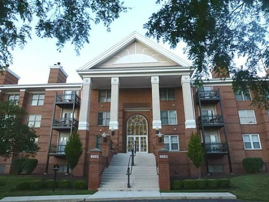 8681 Jaffa Court East Dr APT 17, Indianapolis, IN 46260