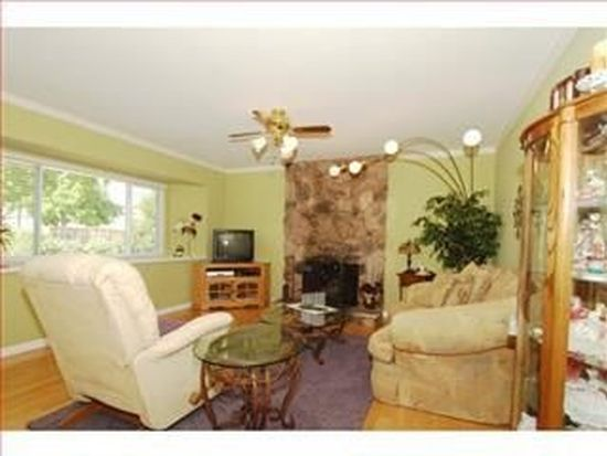 2621 Jefferson Ave, Redwood City, CA 94062