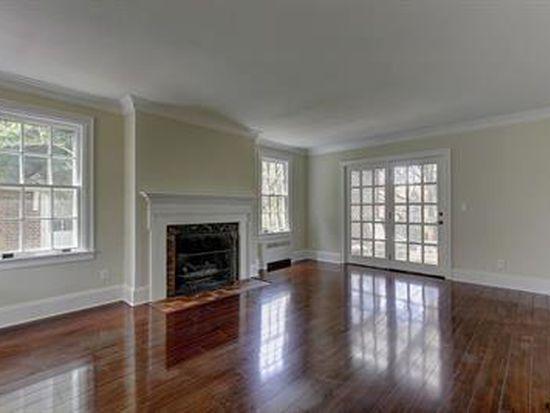 135 Irving Rd, York, PA 17403
