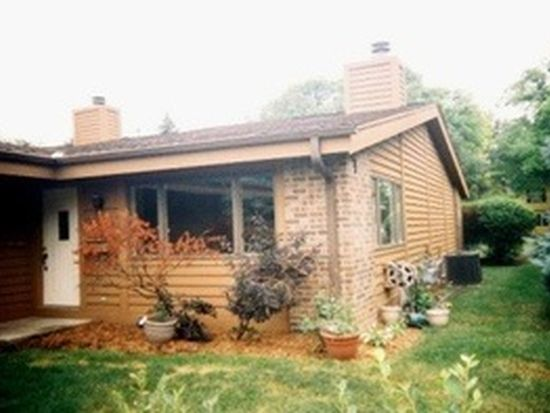 6342 Cedar St, Wauwatosa, WI 53213