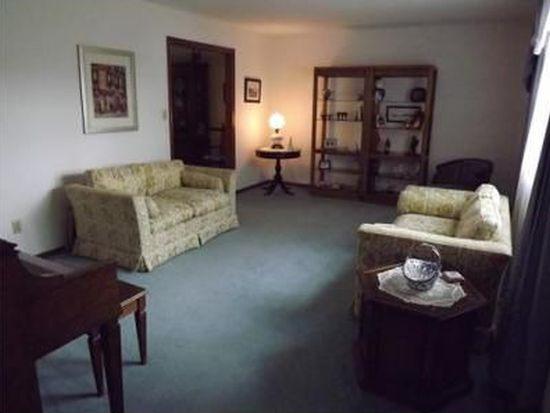 1808 Smith Rd, Charleston, WV 25314
