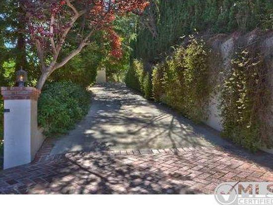4711 Bedel St, Woodland Hills, CA 91364