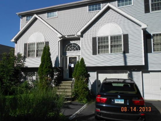 69 Deerfield St, Fairfield, CT 06825