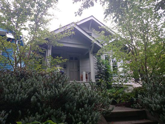 137 N 76th St, Seattle, WA 98103
