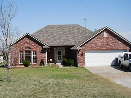 618 Summer Creek Rd, Blanchard, OK 73010