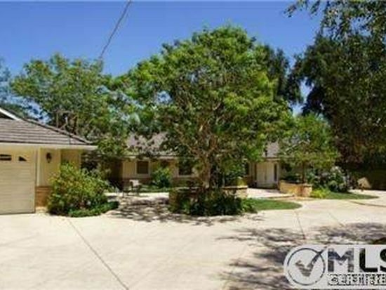 23535 Hatteras St, Woodland Hills, CA 91367