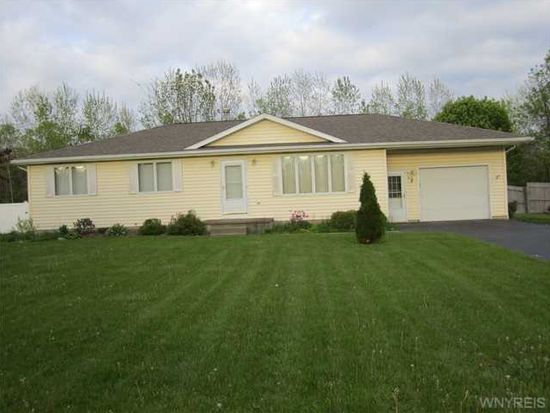 4119 Calkins Rd, Youngstown, NY 14174