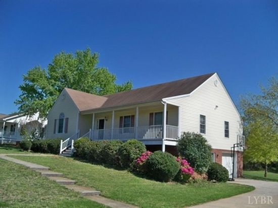 228 Farley Branch Dr, Lynchburg, VA 24502