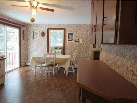 129 Eastern Ave, Rochester, NH 03867
