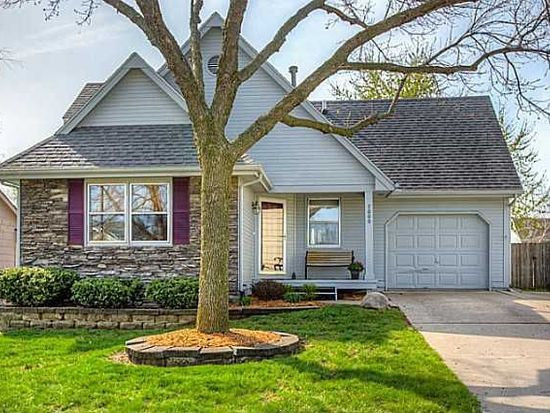 7000 Brookview Dr, Urbandale, IA 50322