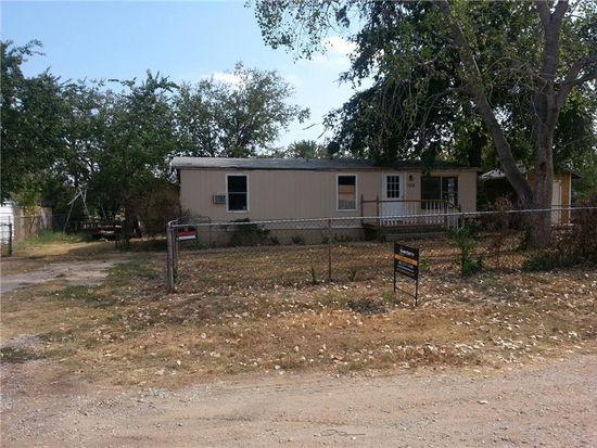 108 Willow Ln, Roanoke, TX 76262