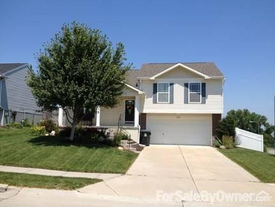 16102 Black Walnut St, Omaha, NE 68136