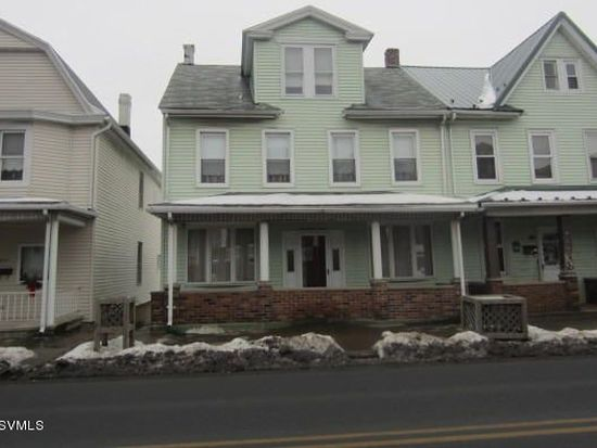1033 Chestnut St, Kulpmont, PA 17834