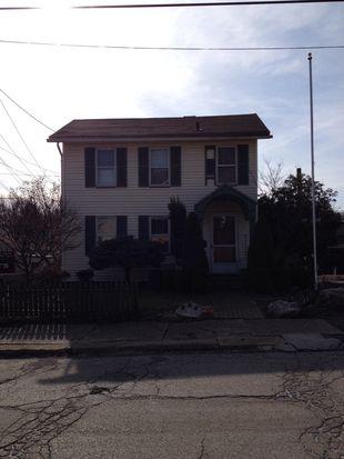 226 Wengler Ave, Sharon, PA 16146