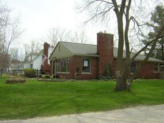 413 Ottawa St, Elk Rapids, MI 49629