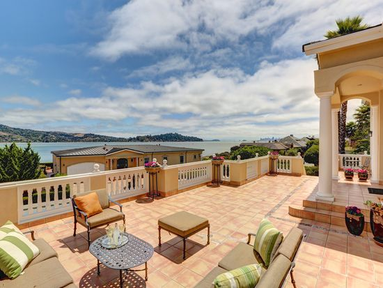 19 Heron Dr, Mill Valley, CA 94941