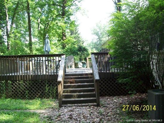 99 Forest Dr, Jeffersonville, IN 47130