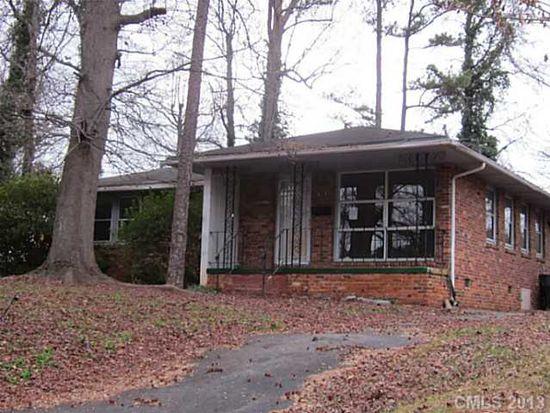 1526 Chelveston Dr, Charlotte, NC 28208
