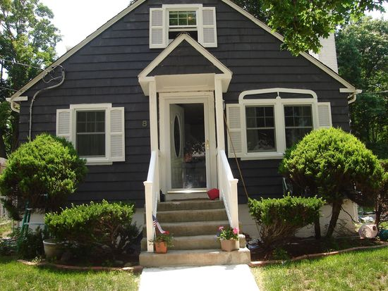 8 Knight St, Worcester, MA 01605