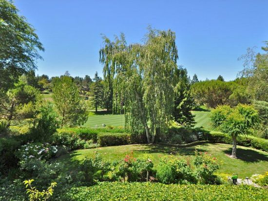 1045 Trinity Dr, Menlo Park, CA 94025