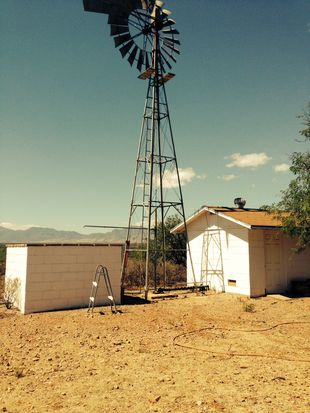 1320 E Madison Rd, Huachuca City, AZ 85616