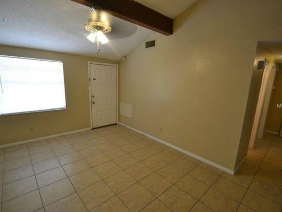 3218 Saddlebrook Ave, Tampa, FL 33618