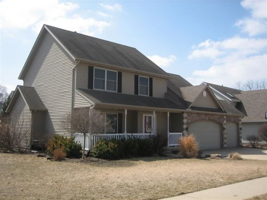 3635 Raleigh Ave, Bettendorf, IA 52722