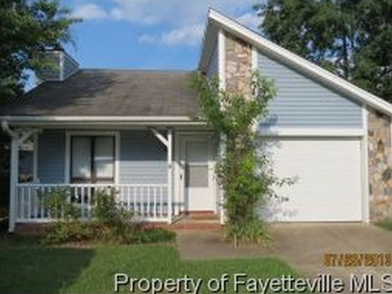 529 Hollyberry Ln, Fayetteville, NC 28314