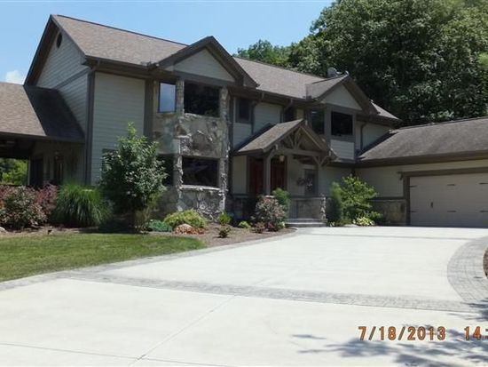 2460 Penewit Rd, Spring Valley, OH 45370