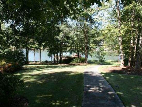 136 Waters Edge Dr, Milledgeville, GA