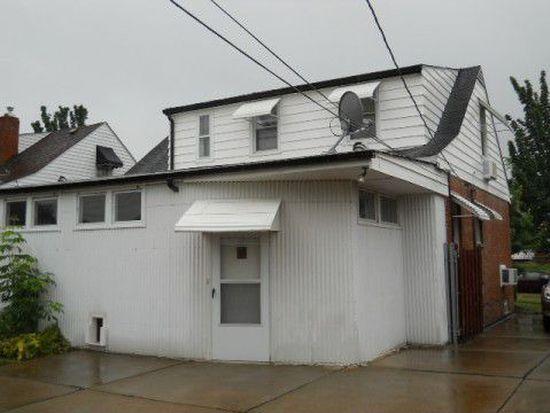 4193 Lambert Rd, South Euclid, OH 44121