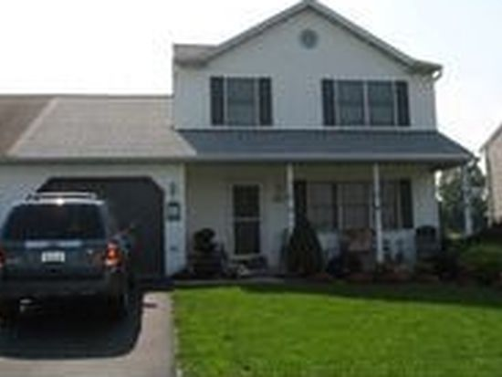 142 S View Rd, Fleetwood, PA 19522