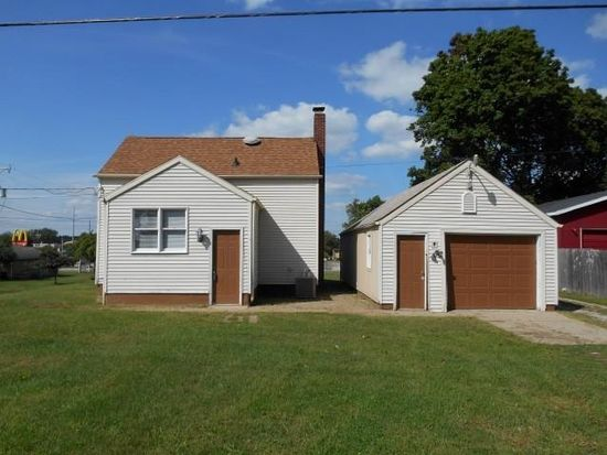 2217 W Indiana Ave, Elkhart, IN 46516