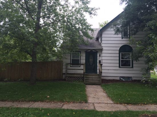 1011 Curtiss Ave, Ames, IA 50010