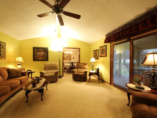 5234 Honey Manor Dr, Indianapolis, IN 46221