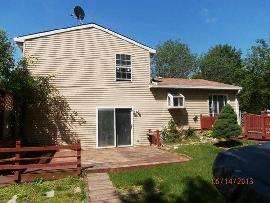 208 Yellow Pine Dr, Bolingbrook, IL 60440