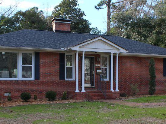 316 Pinecrest Dr, Fayetteville, NC 28305