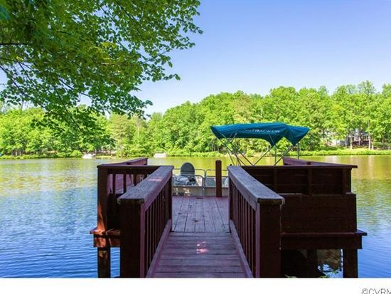 10900 Pintail Pl, Chesterfield, VA 23838