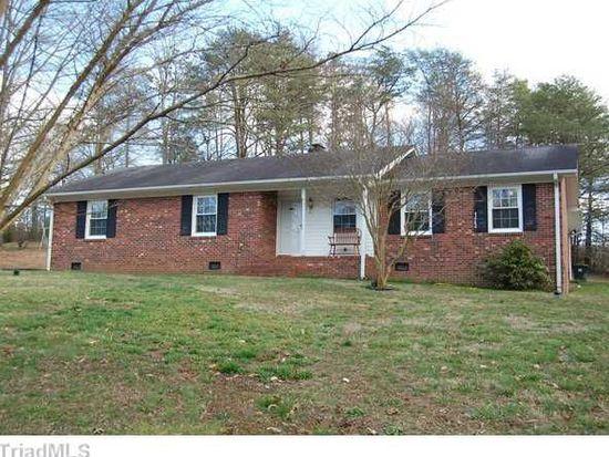 123 Kingswood Place Dr, Walnut Cove, NC 27052