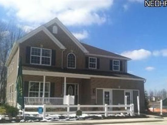 9760 Evan Miller Trl, Olmsted Falls, OH 44138