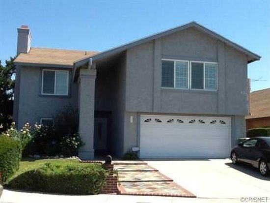 11426 Bartee Ave, Mission Hills, CA 91345