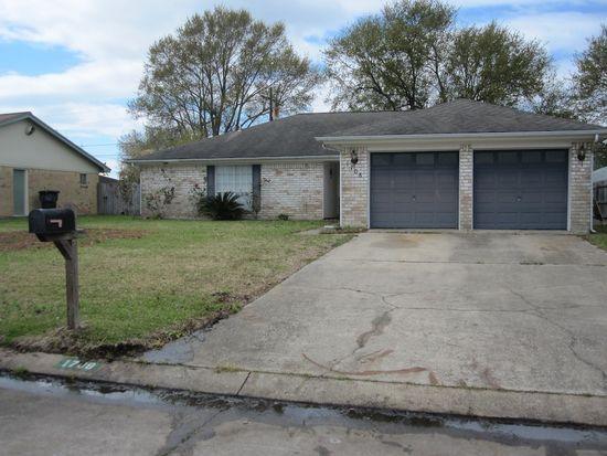 1708 Avenue K, Nederland, TX 77627