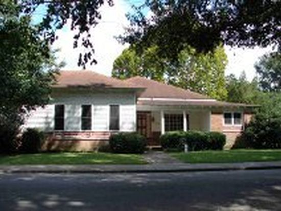 704 Oak Ave, Columbia, MS 39429