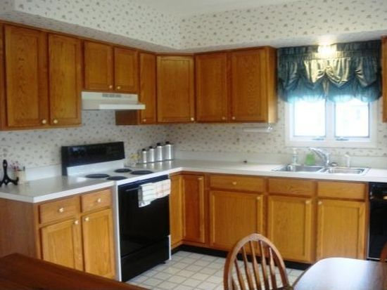 95 Youngsburg Rd, Coatesville, PA 19320