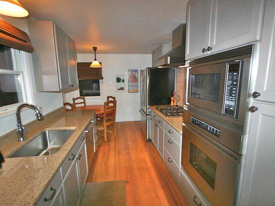 8554 Densmore Ave N, Seattle, WA 98103